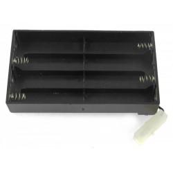 Koszyczek długi na 8 akumulatorów R6/AA z wtyczką Tamiya