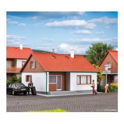 Kibri 38721 domek jednorodzinnny Untere Aue - skala H0