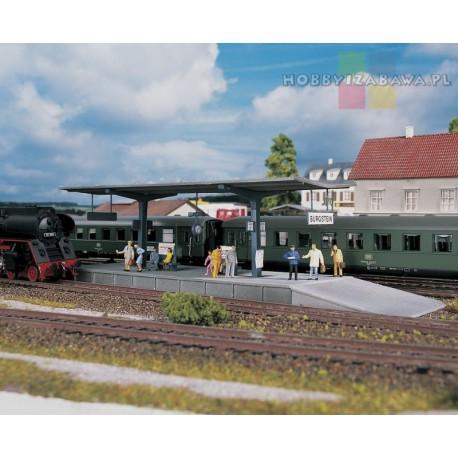 Piko 61821 peron kolejowy, plastikowy model w skali HO do samodzielnego sklejenia