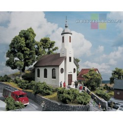 Piko 61825 kościół św. Łukasza skala H0